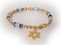 Family or Mishpacha Bracelet with Star of David charm - Gold Bracelet